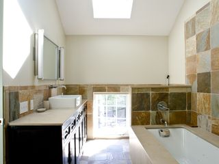 Portland condo photo - Master Bathroom