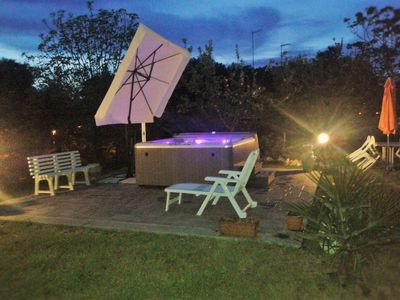 MANZIANA ROME PROVINCE- 6 PAX APARTMENT, AIR CONDITIONING, 24/7 HOT JACUZZI