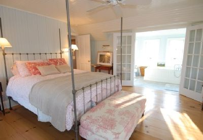 Southampton farmhouse rental - Master Bedroom