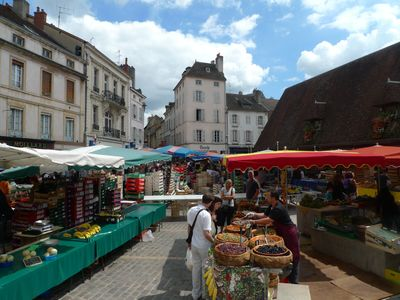 Beaune's fabulous Saturday market