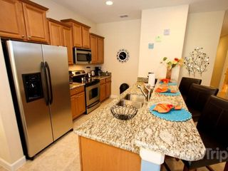 Paradise Palms townhome photo - Fully stocked kitchen, granite