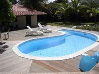Le Diamant: Quiet house with garden and swimming pool