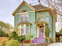 Victorian Home In The Beautiful Queen Anne Neighborhood - Sea To Sky Rentals