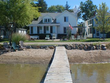 Brooklyn cottage rental - Dock, beach, and front of house