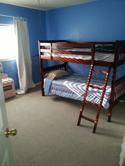 San Antonio house photo - Bedroom with 2 twin bunkbeds