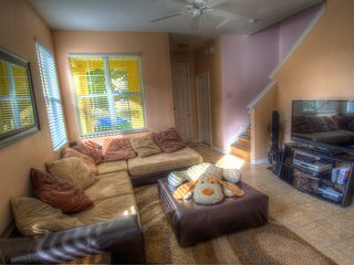 Crestwynd Bay townhome photo - Large Sofa
