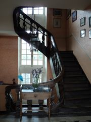 Saint-Georges-sur-Erve chateau / country house photo - Magnificent central staircase