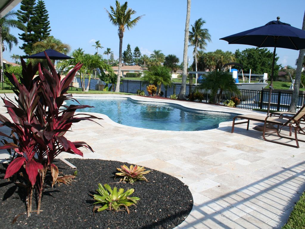 Waterfront Luxurious Pool Beautifully Vrbo