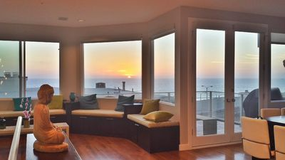 Panoramic Ocean View & 6 Doors To Beach!