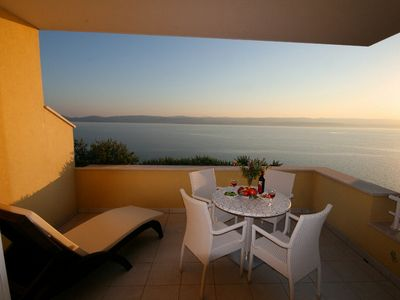 Villa Ruzmarina, 1min walk to picturesque beach, tremendous view