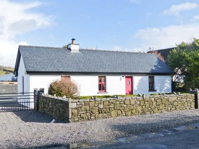 THE OLD POST OFFICE in Castlebar, County Mayo, Ref 904700