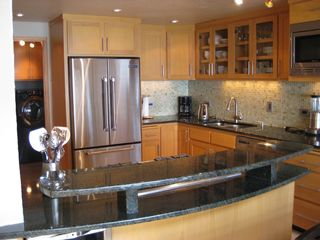 Lincoln City townhome photo - Gourmet 'well stocked' kitchen a cooks delight!