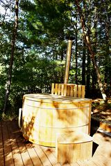 Brant Lake farmhouse photo - Wood-fired Cedar Hot Tub