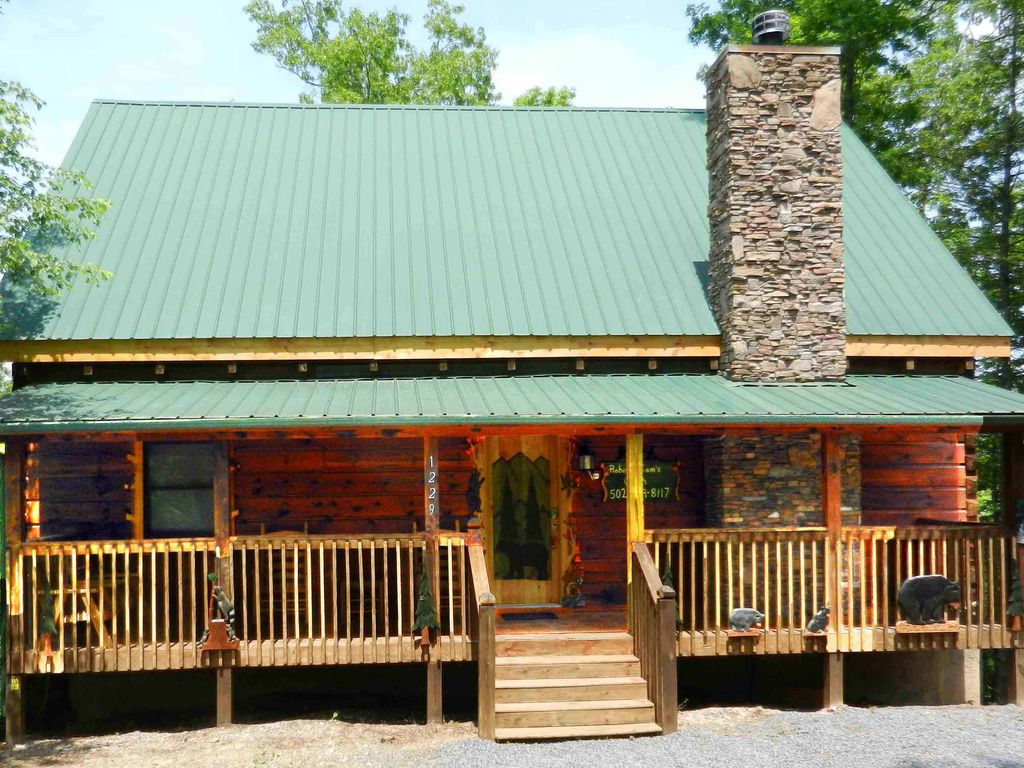 Pigeon forge vacation rental vrbo 347633 4 br east for Private secluded cabins in pigeon forge