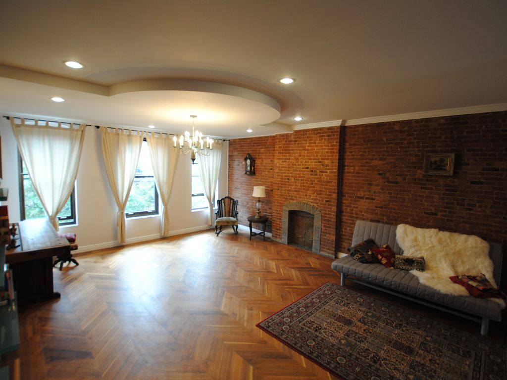 luxuriously renovated historic new york brownstone 2 br