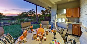 Lanai Kitchen with Golf Course, Sunset View