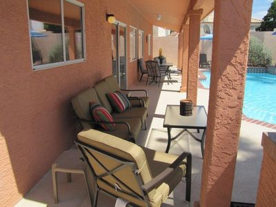 Las Vegas house rental - Patio Seating
