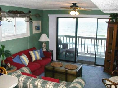 Oceanfront Living Room with Full Size Sleep sofa, Cable TV, DVD, VCR, Stereo