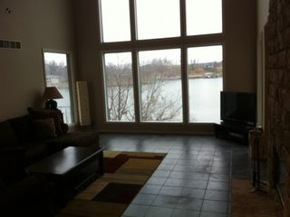 Lake Ozark house photo - Main Floor Living Room