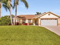 Stunning vacation home extremely well maintained pool home.