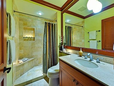 "Waikoloa Beach Resort condo rental - Kolea Villa 2D ""Ocean Breeze"" - King Bed/Bath Suite III"