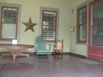 Austin house rental - Front porch - great for entertaining. Ample lighting and overhead fans.