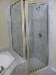 Big Boulder townhome photo - Shower & jacuzzi in masterbath.