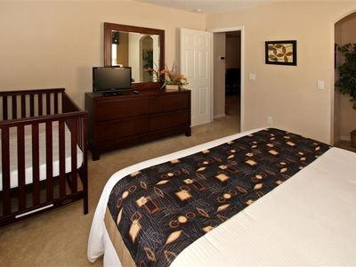 Last minute deal 5br 3 masters pool man gated homeaway haines city Master bedroom with a crib