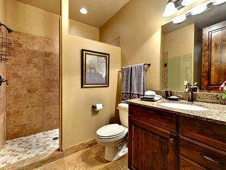St. George condo photo - Standard Bathroom