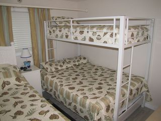 Wildwood Crest condo photo - Bedroom with twin over full bunk bed