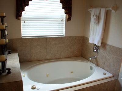 Acadia Estates house rental - Master #1 Jetted Whirlpool Tub