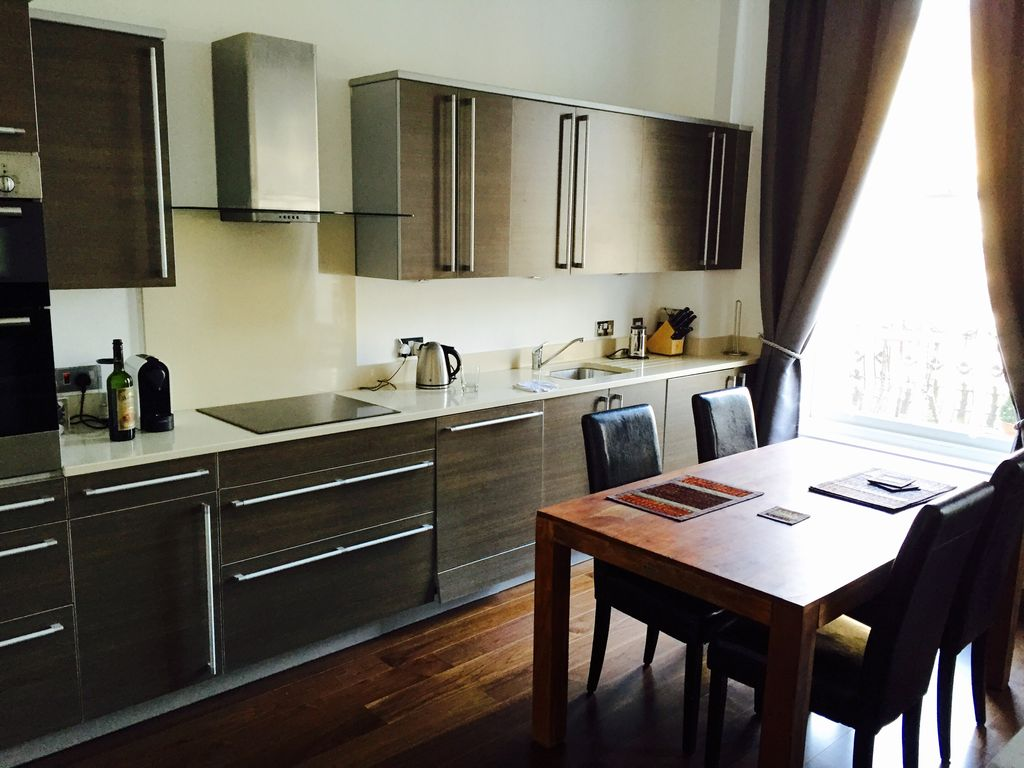 One Bedroom Flat In Central London Homeaway Maida Vale