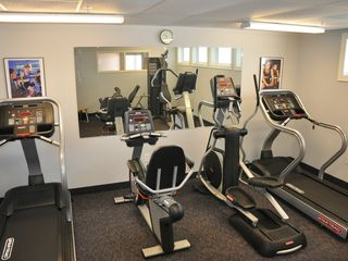 Belmont Towers Ocean City condo photo - Exercise room