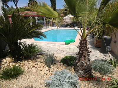 280m2 house, fenced pool, in Cap Brun, close to beaches, sleeps 14