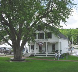 Sunapee house photo - Country store in harbor