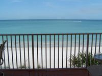 Amazing Views, 3BR Corner Unit - Our Home Away from Home!