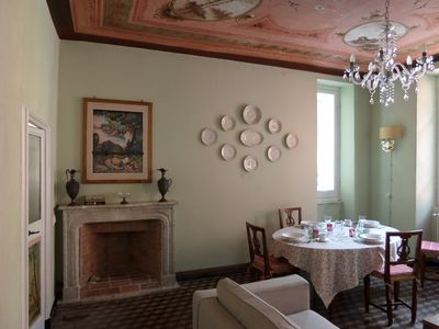 In the heart of Vernazza UNIQUE HISTORICAL APARTMENT, sea view, priv. parking.