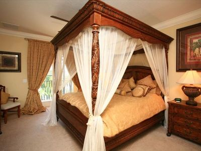 Master suite - Beautiful Draped 4 Poster Bed - Own Lakefront Balcony