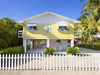 Villa Marlin, renovated and remodeled, private sandy beach