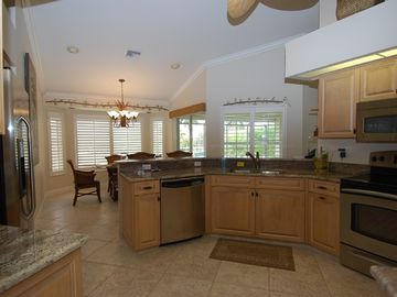 Wonderful kitchen with adjacent casual dining area