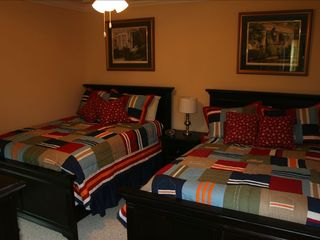 Surfside Beach house photo - Guest bedroom (lower level) with 2 full size beds. Walk-in closet.