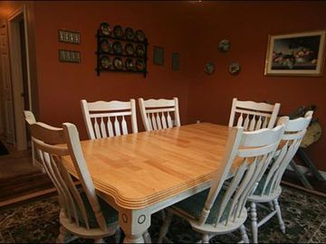 Dining Area has Room for Six