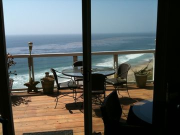 Monarch Beach condo rental - View of Patio and Ocean from Living Room