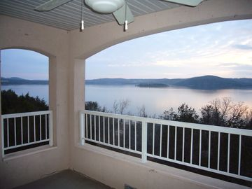 Branson condo rental - What a way to spend the evening after a busy day.....