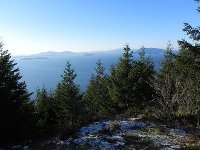 Hike from nearby Chuckanut Drive for a magnificent view of the San Juan Islands.