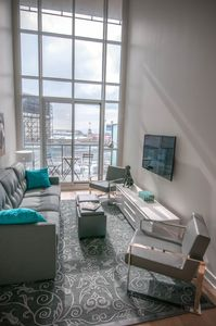 Liberty Village Two Story Loft- Free WIFI, No Cleaning Fee