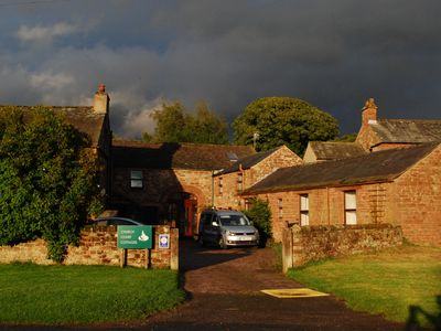 HAWTHORN COTTAGE (CHURCH COURT COTTAGES) - YOUR COSY COUNTRYSIDE RETREAT !