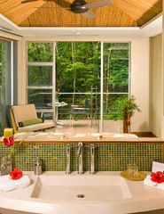 Manuel Antonio villa photo - The Green Room - Organic Bath Amenities with Natural Stone Rain showers. Relax!