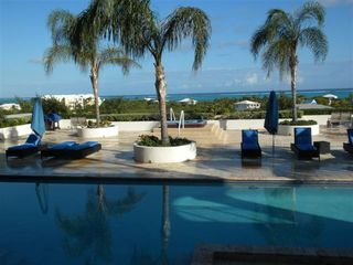 Providenciales - Provo studio photo - Studio pool view