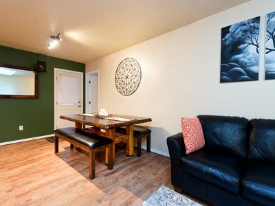 Updated town home, 2.5 miles to downtown Boise!  PET FREE
